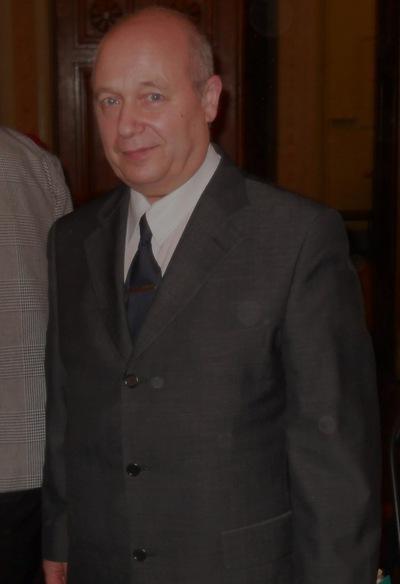 Лев Стрельников