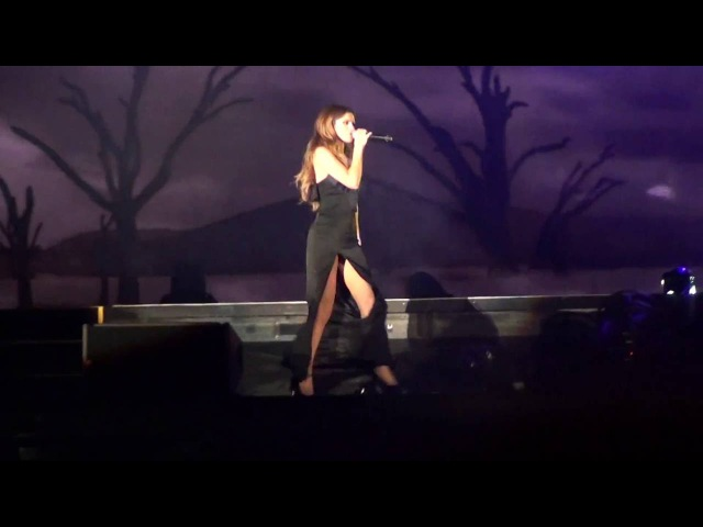 Selena Gomez - Feel Me Live FEQ Quebec city Revival Tour 2016/07/11