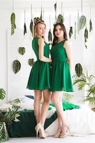 Сукні для дружок прокат продаж.