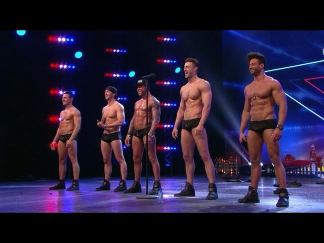 Sexy SixxPaxx-mannen strippen er op los - HOLLANDS GOT TALENT