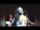 Мила Йовович - Ой у гаю при Дунаю. Мила Йовович поёт Украинскую песню. Milla Jovovich - In A Glade