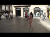 gwenc nude in public barcelona 01