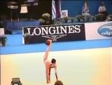 Нереальное выступление болгарской спортсменки Боянки Ангеловой на чемпионате по художественной гимнастике. Как такое вообще возм