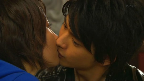 Поцелуи японок смотреть онлайн