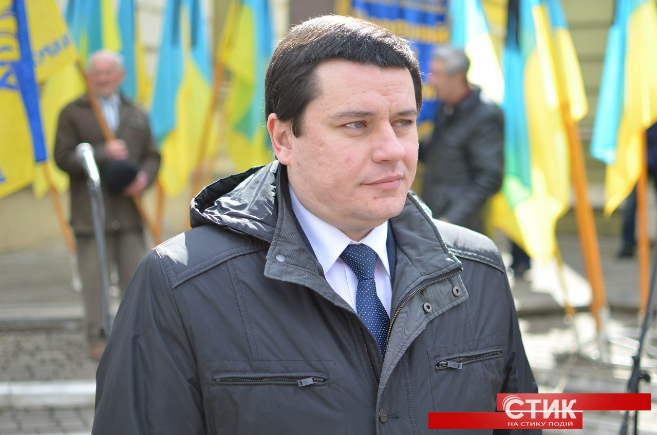 Заступник міського голи Івано-Франківська може бути причетним до корупційних схем із закупівлі медичного обладнання та устаткування?