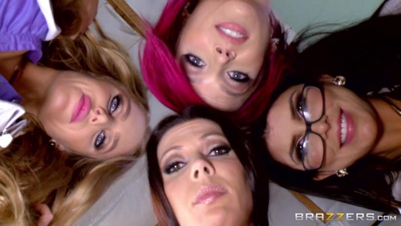 Anna Bell Peaks, Nicole Aniston, Rachel Starr, Romi Rain & Johnny Sins - The Last Dick On Earth  -