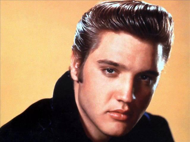 Elvis Presley - Besame Mucho