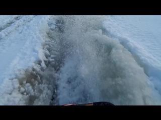 По воде на снегоходе в минус 17