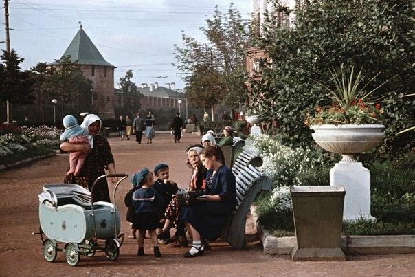У Нижегородского Кремля, 1950-й год.