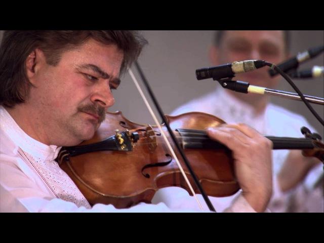 Василь Гекер «Троїсті музики» з Національного академічного оркестру народних інструментів