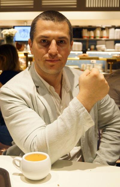 Антон Казаков