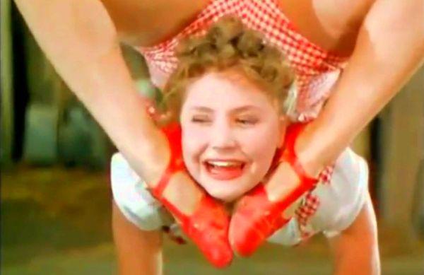 Невероятные акробатические трюки сестер Росс, которые до сих пор никто не смог повторить