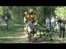 Человек-Паук и Гигантский Трансформер Бамблби