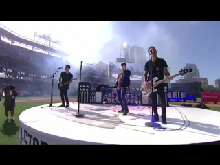 Fall Out Boy - Centuries (Live at the Home Run Derby 2016)
