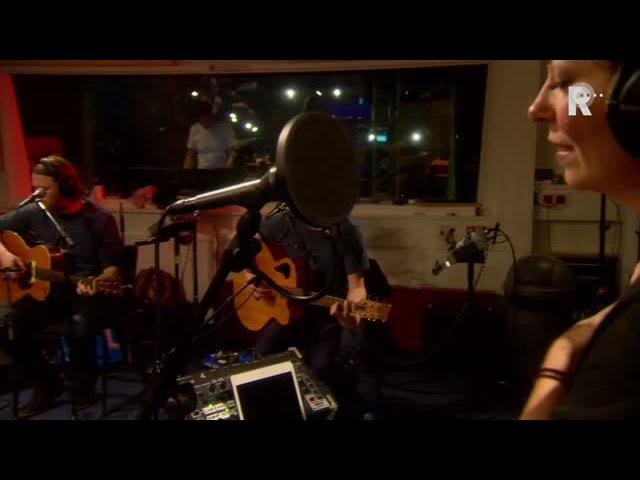 Anneke van Giersbergen Árstíðir - Bist Du Bei Mir - Live uit Lloyd