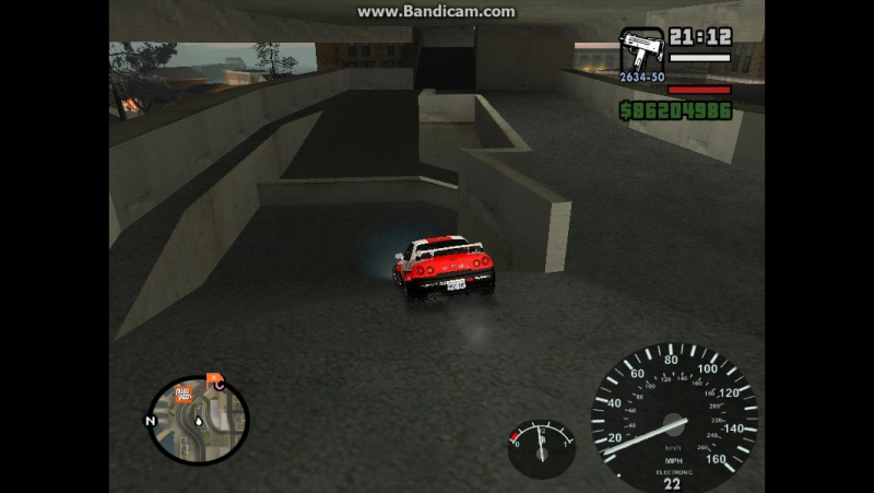 R 34 NISSAN SKYLAN GTA