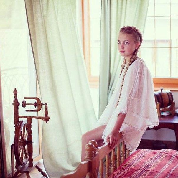 Sofya Fisenko  - Page 2 AYjaKKKutww