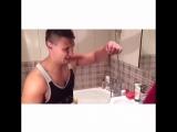 Когда заходишь в душ после девушки