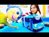 Видео для детей: Радость из мультика ГОЛОВОЛОМКА и Путешествия онлайн. Модная ГЕ...