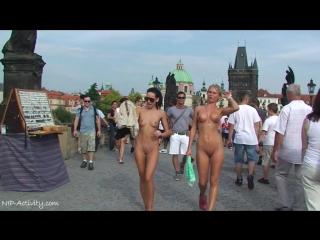 Leonelle & Laura Nude in public 5