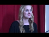 Interview with Elizabeth Lail Interview avec Elizabeth Lail
