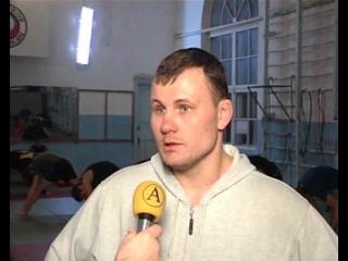 Сюжет о тайском боксе и интервью с Артёмом Щегловым