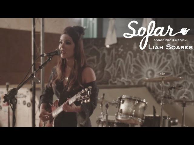 Liah Soares - O som é o Sol | Sofar Rio de Janeiro