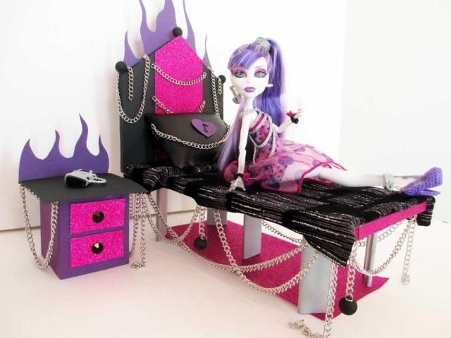 Кровати для кукол для монстер хай