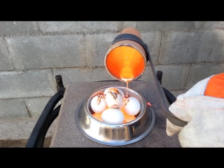 Molten Copper vs 5 Eggs Boiling