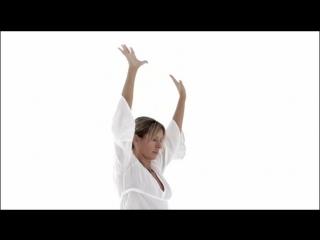 Майя Файнс - Кундалини Йога - 5 Чакра (правильная озвучка + качество звука)