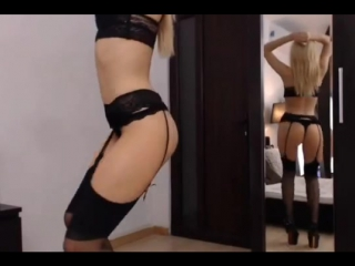 HOT blond girl with AMAZING body dances in the mirror