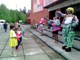 Флешмоб в Калитино. Клоуны Объедало и Менюшка 22 мая 2016 год