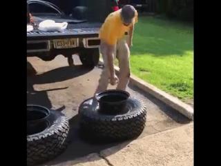 Вставляем диск в шину за 3 секунды