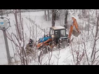 трактор автомат или русские не сдаются!
