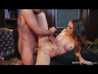 Порно видео до директора домогаются