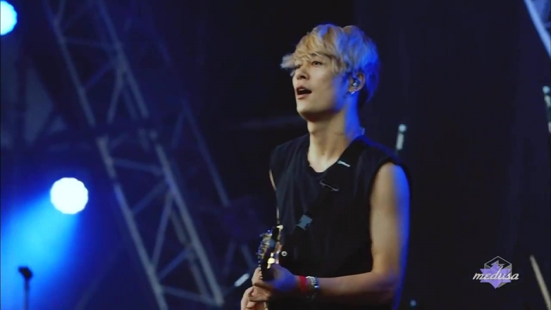 ONE OK ROCK - Cry Out @METROCK 2016 [22.05.2016]