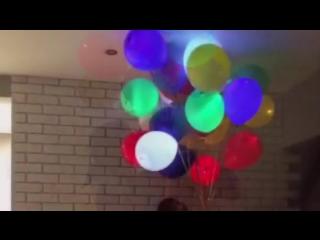 Видео с нашими светодиодными (светящимися) шарами