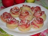 Розы из слоеного теста  с яблоками. Рецепт.