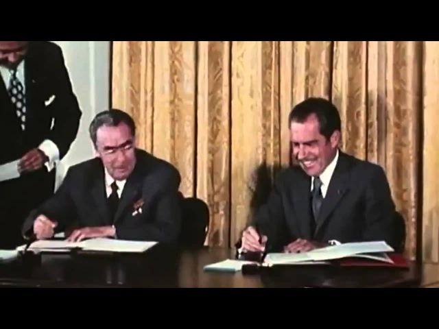 Брежнев и Никсон дурачатся