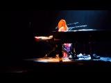 Tori Amos - Because the night (Patti Smith cover), live - Munich, 10.06.2014