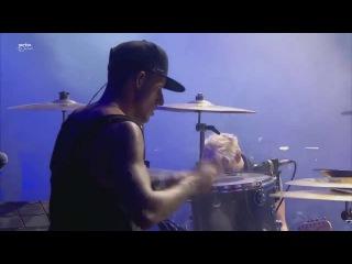 Sum 41 - Screaming Bloody Murder (live) 2016 HD Intro