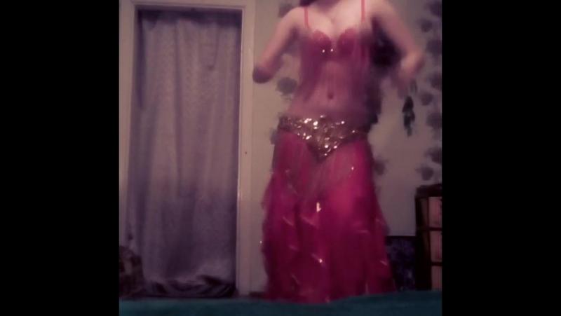Восточный танец,