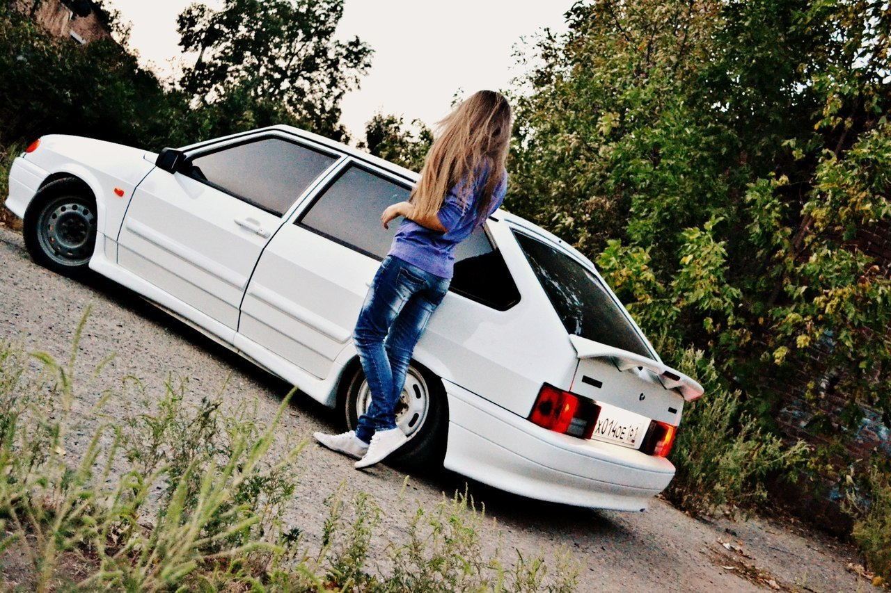 Фото пацана с девушкой на машине 12 фотография