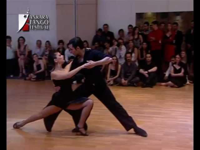 Fernando Gracia y Sol Cerquides-Mala Junta