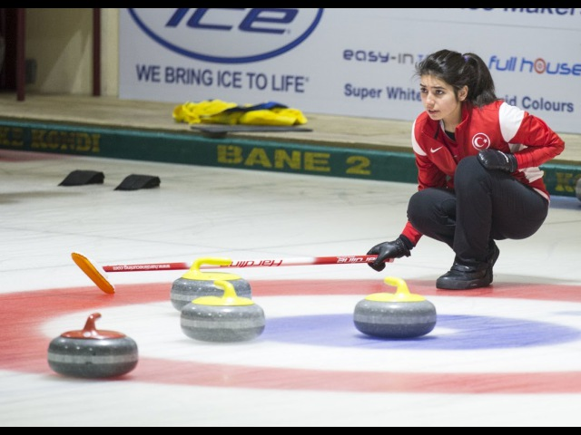 CURLING: RUS-TUR - World Junior Chps 2016 - Women Draw 8