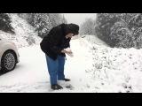 101-летняя женщина радуется зиме