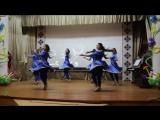 ну очень красивый индийский танец. Девушки просто молодцы. Моргауши ДШИ