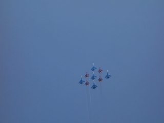 Кубинский брилиант мёртвая петля 9 самолетов Миги и Сушки