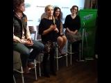 Sarah Michelle Gellar at Swiffer's