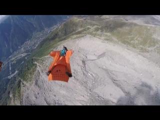 Сумасшедший прыжок с высоты 3842 м  (6 sec)